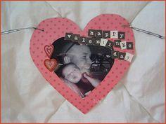 Photo garland/bunting or Valentines Day decoration. #diy #crafts #valentine's day #papercraft