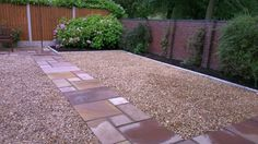 Landscaping with gravel look beautiful idea