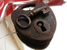 antique heart padlock
