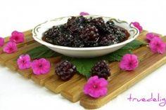 Reteta Dulceata de mure cu vanilie din Carte de bucate, Conserve de fructe. Specific Romania. Cum sa faci Dulceata de mure cu vanilie Paella, Blackberry, Creme, Pudding, Yummy Food, Meals, Cooking, Desserts, Countries