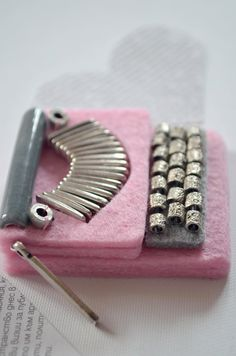 felt brooch typewriter