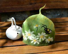 Tea cozy Handmade Felted cozy teapot cosy Wool teapot cosy art cozy gift for tea drinker tea warmer, contemporary cozy Wet Felting, Needle Felting, Yarn Crafts, Fabric Crafts, Tea Warmer, Mug Cozy, Knitting Projects, Diy Art, Wool Felt