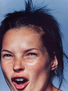 Kate Moss by David Sims for Harper's Bazaar, 1997 David Sims, Kate Moss, Ella Moss, Heroin Chic, Queen Kate, Harper's Bazaar, 90s Models, Fashion Models, Star Wars