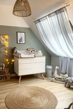 Baby Girl Nursery Room İdeas 642044490616620282 - Girl Room Decor 17671 Source by Bedroom Green, Baby Bedroom, Baby Boy Rooms, Baby Room Decor, Nursery Room, Kids Bedroom, Green Nursery Girl, Nursery Ideas, Baby Room Design