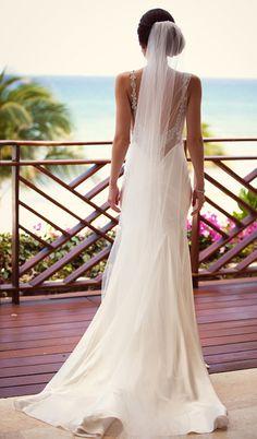 Beautiful Wedding Gowns, Luxury Wedding Dress, Wedding Veils, Wedding Attire, Wedding Bride, Dream Wedding, Wedding App, Gold Wedding, Chic Wedding