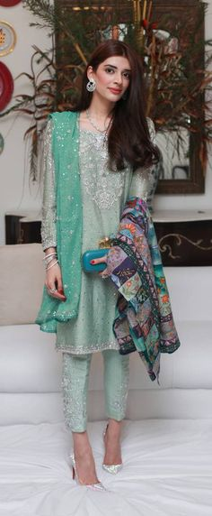 Pakistani wedding ensemble. Love the turquoise clutch & the pop of colour with the shawl.