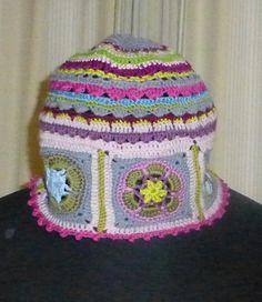 Häkelmützen - Granny Square-Mütze kunterbunt - ein Designerstück von vansten-design bei DaWanda