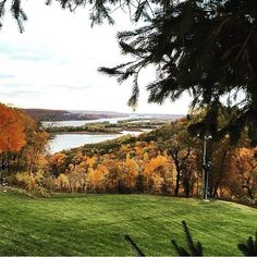 We never get tired of seeing this view from @chestnutmtn . : @angewiegand #Galena #GetToGalena