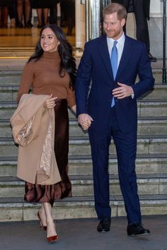 Your Thoughts: New Year, New Looks from Kate and Meghan — By Elizabeth Holmes Home Fashion, Royal Fashion, Prince Harry And Megan, Harry And Meghan, New Years Look, New Look, Lady Diana, Kate Middleton, Meghan Markle Stil