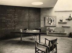 Le Corbusier, René Herbst, Pierre Jeanneret, Louis Sognot et Charlotte Perriand. La Maison du Jeune Homme, Exposition internationale de Bruxelles, 1935 (via !)
