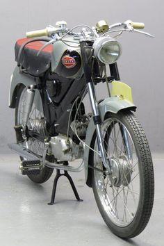 Eysink 1954 Renate 49cc 1 cyl ts Motorcycle Images, Motorcycle Design, Vintage Bikes, Vintage Motorcycles, 49cc Moped, Custom Moped, Motor Scooters, Moto Guzzi, Classic Bikes
