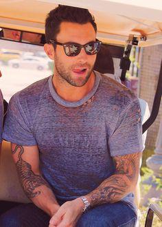 Mmmmm he's so sexy ❤️