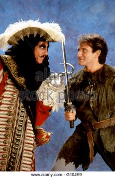 Hook, 1991 - Robin Williams and Dustin Hoffman Hook Movie, I Movie, Robin Williams Quotes, Peter Pan Robin Williams, Lost Boys Peter Pan, 1990s Movies, Good Morning Vietnam, All Robins, Dustin Hoffman