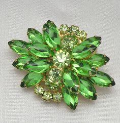 sheri_012's media  Vintage Verified Green Juliana D Rhinestone Brooch Earrings Demi  marylea99 (seller) ebay.com