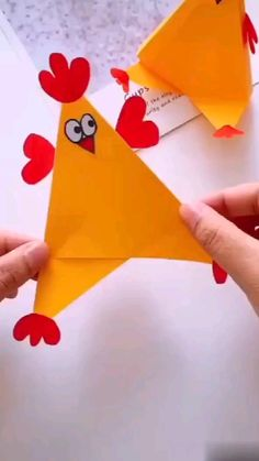 Animal Crafts For Kids, Craft Activities For Kids, Toddler Crafts, Preschool Crafts, Paper Crafts Origami, Paper Crafts For Kids, Fun Crafts, Hand Art Kids, Art For Kids