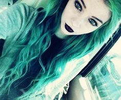 How can scene girls be so perfect on their makeup and hair?? TELL ME YOUR SECRET!