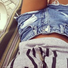 I can't even describe to you how much I just absolutely love high waisted shorts. #diy #denim
