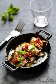 Un dejeuner de soleil: Roulés d'aubergine à la mozzarella