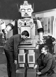 Student build soviet era robot