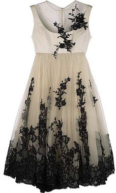 Alexander McQueen #dress #kneelength #empire #layered #tulle #embroidery #lace #black #cream #beige #nude #black #mcqueen