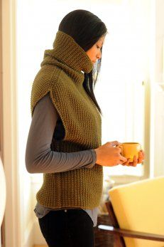 Danforth Pullover pattern by Pam Allen (knitting, turtleneck, sleeveless. Crochet something that looks similar to this knit garment. Diy Tricot Crochet, Knit Or Crochet, Tunisian Crochet, Loom Knitting, Hand Knitting, Knitting Machine, Knitting Projects, Crochet Projects, Yarn Projects
