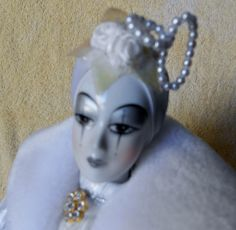 "17"" Porcelain Kingstate Harliquin doll in white musical #Kingstate"