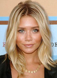 Blonde Ashley Olsen