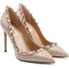 Edgy fall wedding shoes and boots 92 Nude Shoes, Patent Shoes, Patent Leather Pumps, Pumps Heels, Nude Pumps, Leather Shoes, Stiletto Pumps, High Heels, Valentino Rockstud Pumps
