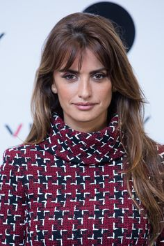 Penelope Cruz's Wispy Bangs - The Best Celebrity Haircuts That Will Make You Look Younger - Photos