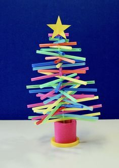 How to Make a Plastic-Straw Christmas Tree – Make Film Play