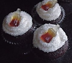 Jack and Coke cupcakes  Attempting these tomorrow :) - Click image to find more hot Pinterest pins