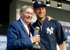 Pin By Bertha Pierce On Derek Jeter Derek Jeter New York Yankees Yankees