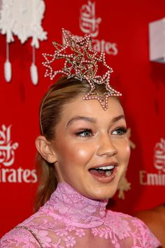 Gigi Hadid Photos: Celebs Attend Melbourne Cup Day