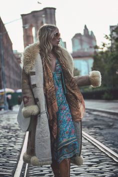FOLK TOWN featuring Alexandra Spencer shot by Sybil Steele | Spell & The Gypsy Collective