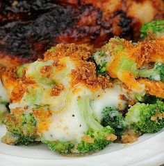 Broccoli Gratin is a delicious baked side dish. Easily served for dinner or special occasions. Broccoli Gratin is a wonderful way to serve broccoli. Broccoli Gratin, Broccoli Dishes, Broccoli Recipes, Vegetable Side Dishes, Vegetable Recipes, Vegetarian Recipes, Cooking Recipes, Broccoli Florets, Cooking Ideas