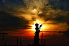 Anchor Light Sunset - Oilpro.com