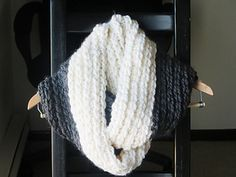 Addison Chunky Infinity Scarf by CrochetDreamz #crochet #pattern #free