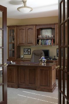 Custom Homes traditional home office