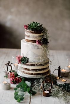 Floral Wedding Cakes Industrial and Intimate Wedding Inspiration for Two Grooms Gay Wedding Cakes, Metallic Wedding Cakes, Painted Wedding Cake, Luxury Wedding Cake, Floral Wedding Cakes, White Wedding Cakes, Gold Wedding, Wedding Reception, Wedding Cake Fresh Flowers
