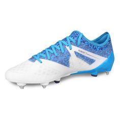 Botines Umbro Velocita III PRO SG - Blanco+Azul Cleats, Fashion, Sports, Zapatos, Football Boots, Moda, Cleats Shoes, Fashion Styles