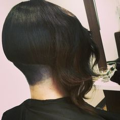 go shorter : Edgy Haircuts, Bob Hairstyles, Disconnected Haircut, Ombre Hair, How To Look Better, Hair Cuts, Long Hair Styles, Bobs, Beauty