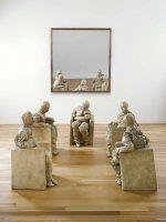 Muñoz, Juan: Five Seated Figures (Cinco figuras sentadas)