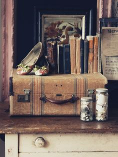 Suitcase envy...    The Cottage Market: Take 5: Vintage Vignettes Part 2  vintage suitcase