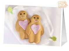 Słodka kartka na ślub z ciasteczkami, na których możemy umieścić wybrane imiona