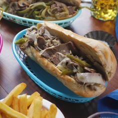 Philly Cheesesteak Sandwich All the meaty, cheesey goodness of Philly's signature dish without even having to leave your apartment!All the meaty, cheesey goodness of Philly's signature dish without even having to leave your apartment! Ground Beef Recipes, Steak Recipes, Cooking Recipes, Egg Roll Recipes, Comida Diy, Tastemade Recipes, Food Videos, Love Food, Food To Make