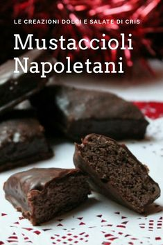 Here you can find a collection of Italian food to date to eat Italian Cookie Recipes, Italian Cookies, Italian Desserts, Mini Desserts, Just Desserts, Dessert Recipes, Turdilli Recipe, Mostaccioli Cookies Recipe, Sweet Light