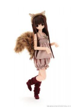 Azone ExCute Komorebimori no Dobutsutachi Squirrel Chiika Doll Show Limited