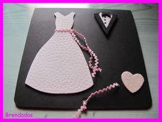 Tarjeta felicitación de boda con vestidos de novios