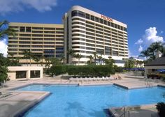 Hilton Miami Airport (5101 Blue Lagoon Drive) Located on a peninsula overlooking the Blue Lagoon, this hotel provides free shuttle service to/from Miami International Airport.  It features on-site dining, 24-hour room service, and flat-screen TVs. #bestworldhotels #travel #us #miami