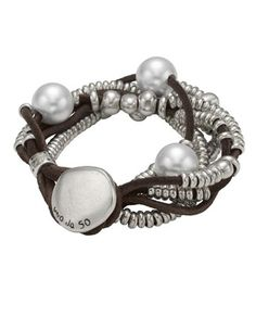 Uno De 50 Orion Bracelet  PUL0578  Orión  Women's bracelet with several leather strands with pearls and silver plated rings Leather Jewelry, Boho Jewelry, Handmade Jewelry, Jewelry Bracelets, Women Jewelry, Jewelry Design, Jewelery, Silver Jewelry, Jewelry Accessories